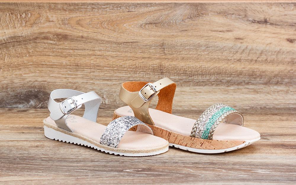 sandalias verano plateadas blanco brillante