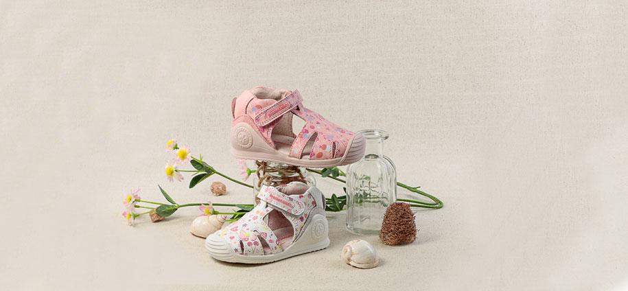 zapatos-bebes-primeros-pasos-zapaterias-barcelona-(1).jpg
