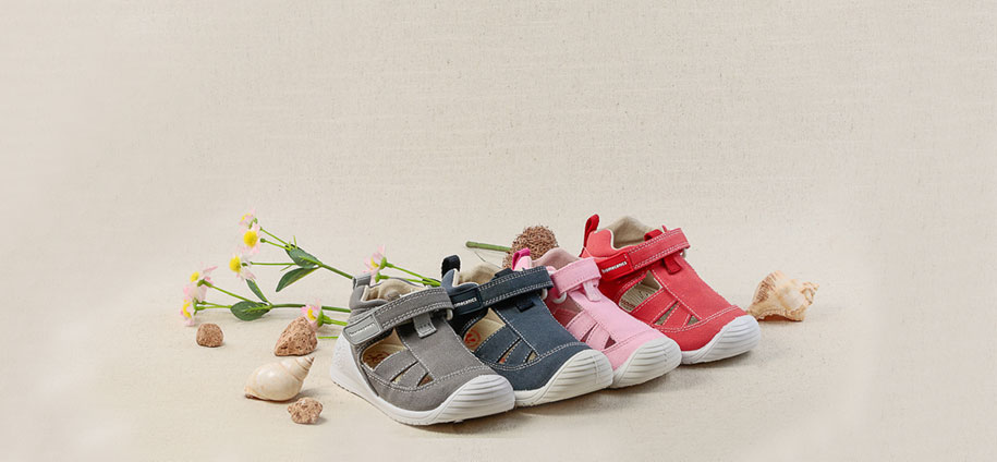 zapatos-bebes-primeros-pasos-zapaterias-barcelona-(2).jpg